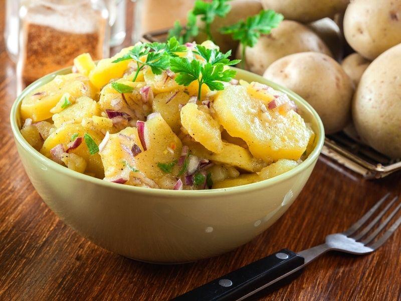 german-vegetarian-potatoe-salad (2)